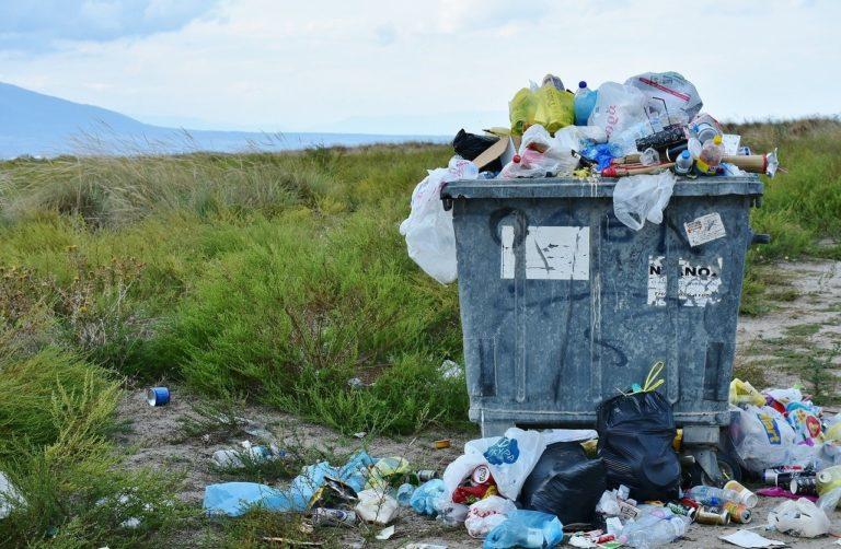 10 Möglichkeiten, um die Verwendung von Kunststoff jetzt zu beenden